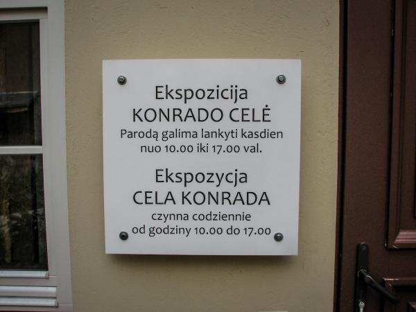 Tablica informacyjna - Cela Konrada