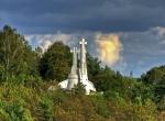 Góra Trzykrzyska (lit. Trijų kryžių kalnas)