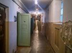 Były budynek KGB w Wilnie - korytarz z celami