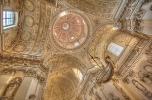 Kościoł św. Piotra i Pawła wnętrze